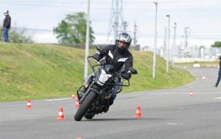 Spécialisez vous en enseignant de la conduite moto - 2 roues